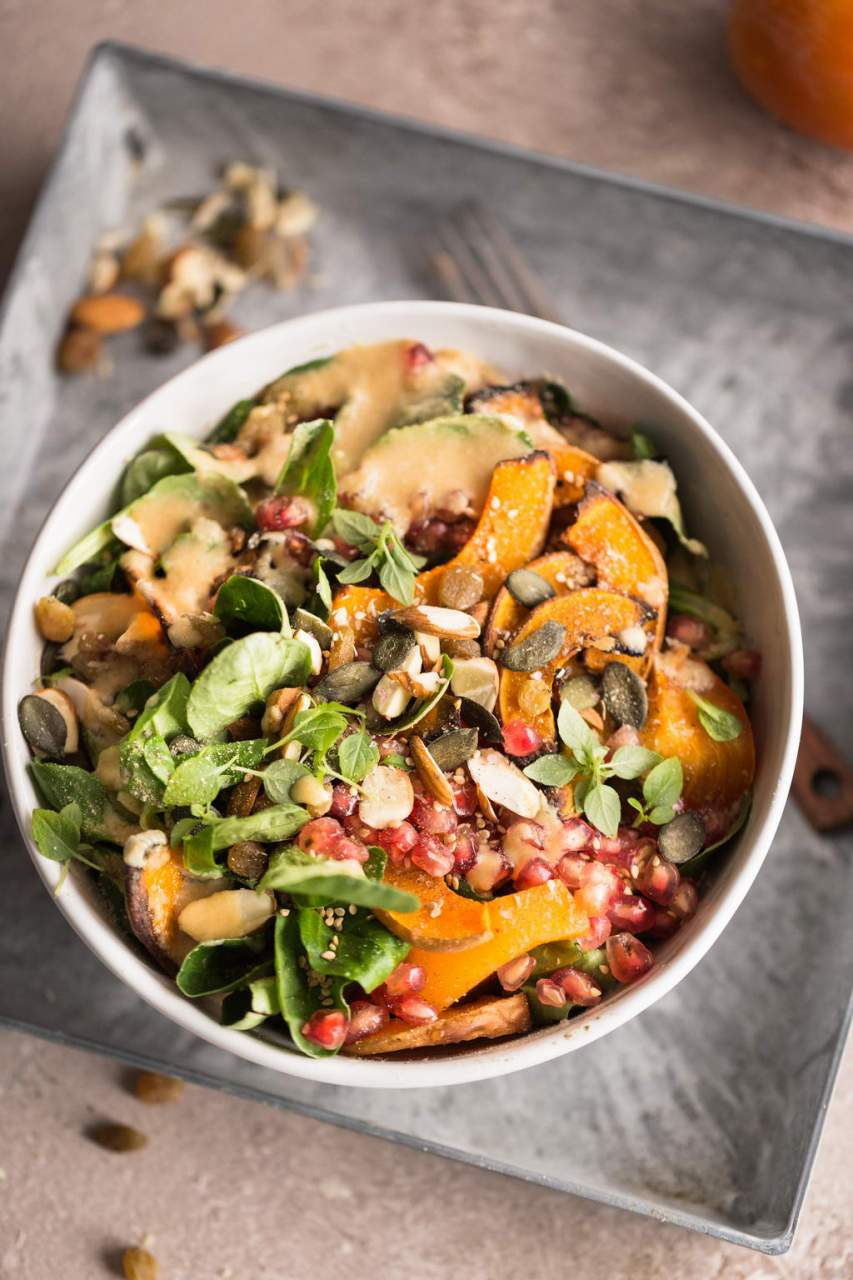 Herbstlicher Kaki-Kürbis Salat