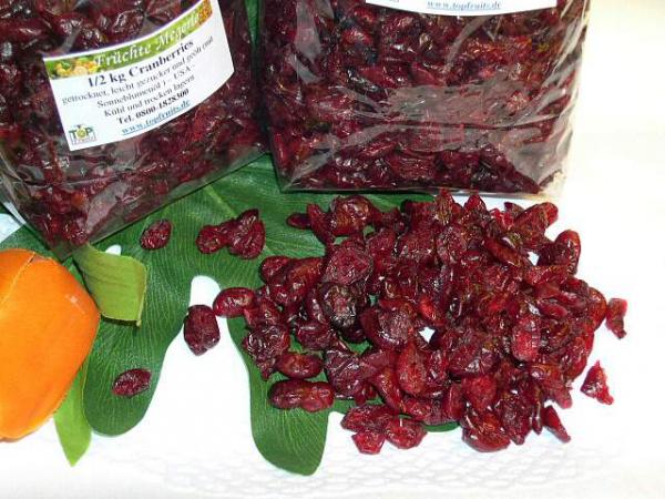 Cranberries (Cranberry, Moosbeere), getrocknet, gesüsst mit Ananaskonzentrat