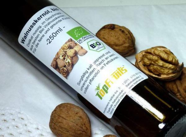 Walnussöl (Walnusskernöl), kalt gepresst, bio kbA