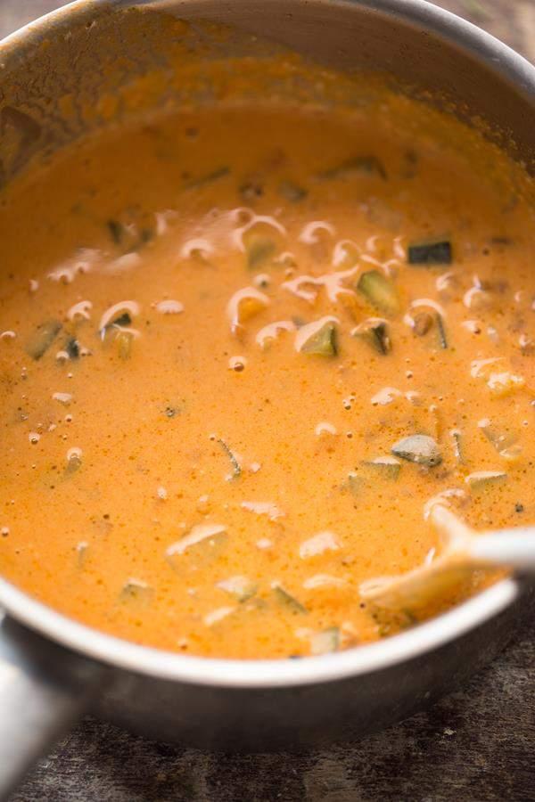 Kokos-Curry mit Gemüse und Emmer