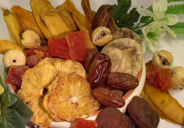 Exotikmischung, natur, mit Aprikosen, Ananas, Feigen, Mango, Papaya, etc.